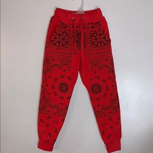 Other - Paisley print joggers